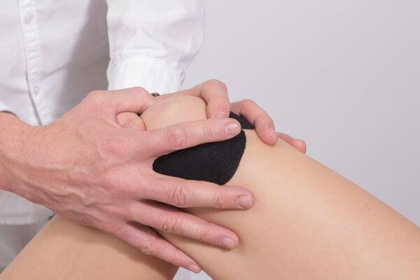 כאבי ברכיים – תסמינים וגורמים