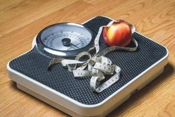 מחקרים מוכיחים: ירידה במשקל מעכבת את ניוון סחוס הברך